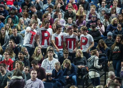 Supporters of US Republican presidential candidate Donald Trump attend a rally at Liberty University in Lynchburg, Virginia, January 18, 2016.  / AFP / NICHOLAS KAMM